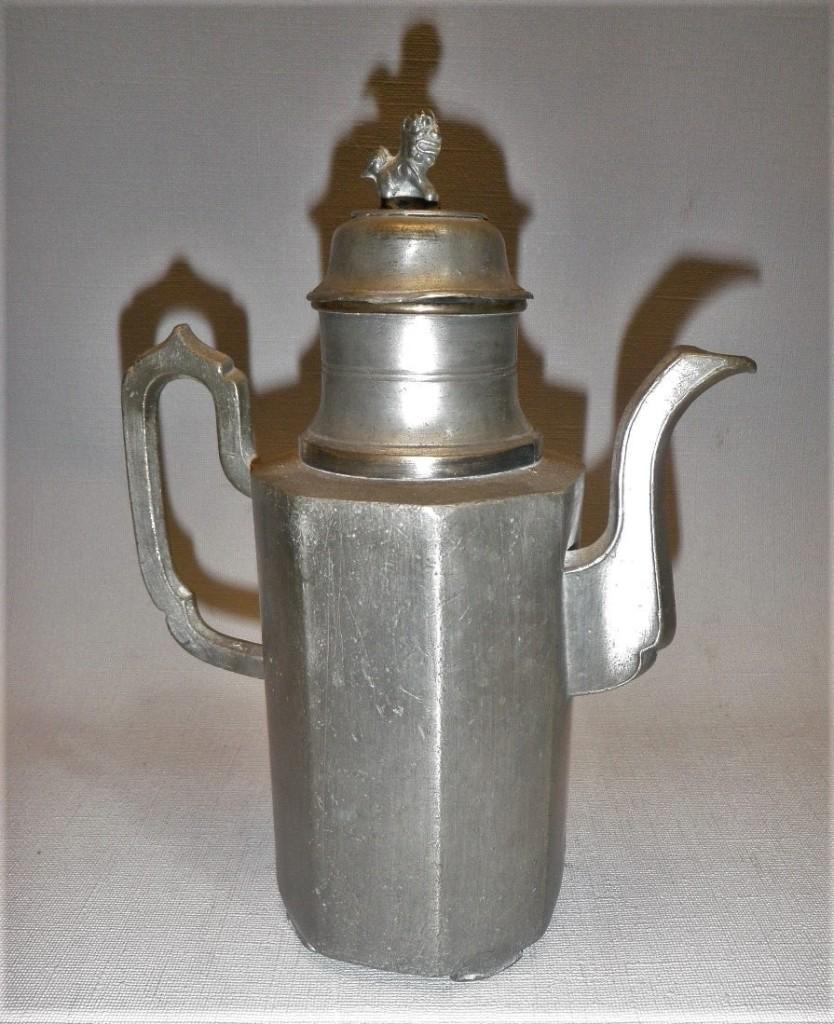 Antieke Chineese tinnen koffiekan