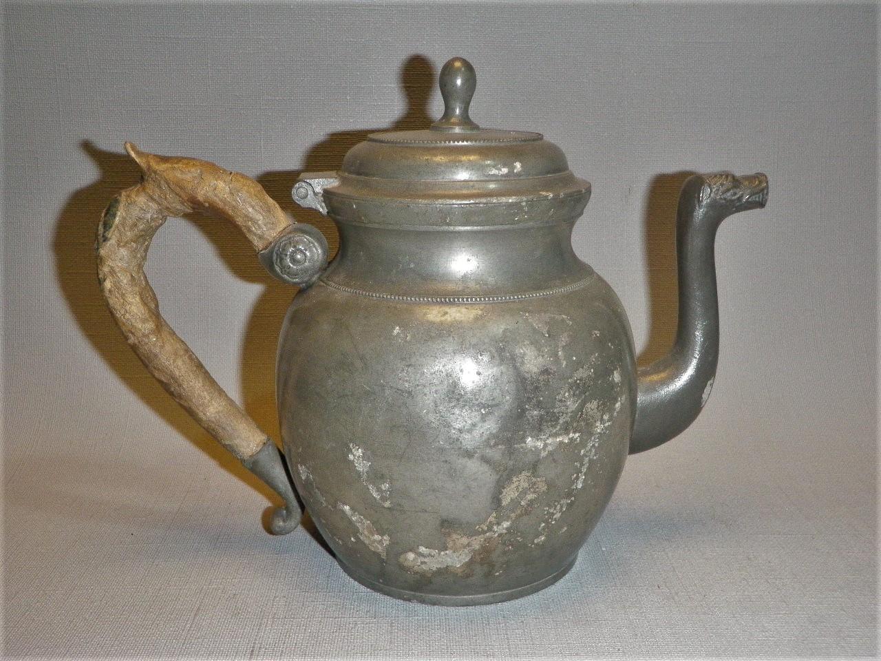 Belgisch tin, antieke theepot