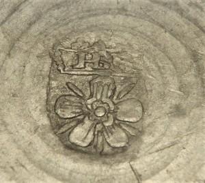 Merkteken fraai vormgegeven theepot, tin, antiek, Nederland
