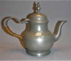 Klassieke theepot tin, antiek Nederland
