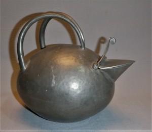 Origineel design tinnen theepot, Nederland