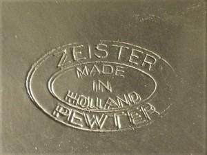 Merkteken theepotje tin, antiek Zeist, Nederland